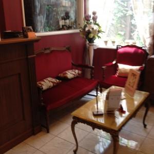 エタンセールカワモトの待合室